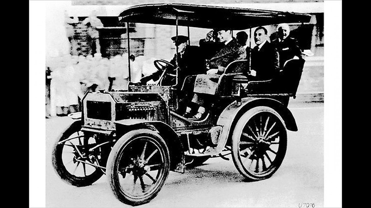 Daimler mit Kettenantrieb