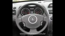 Renault Megane Coupé Cabriolet chega ao Brasil custando R$ 124.890