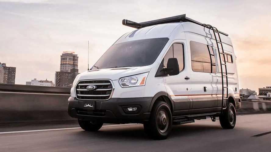 Storyteller Overland, una Ford Transit Camper talla XXL