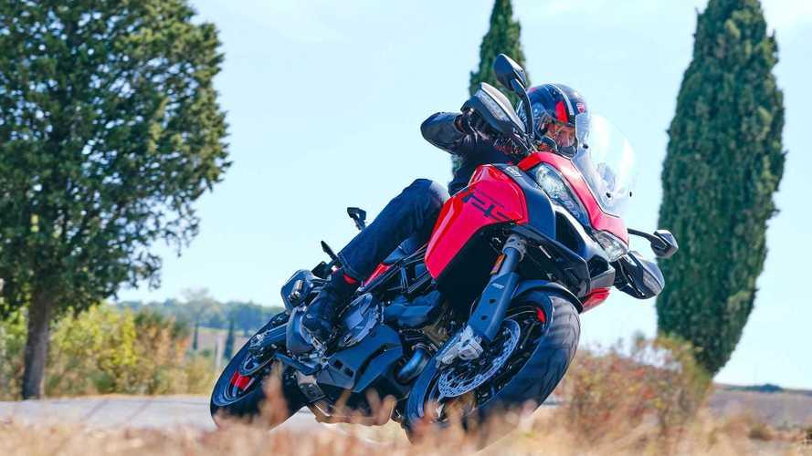 Ducati Multistrada V2 2022 Hadir, Berkendara Jadi Lebih Fun
