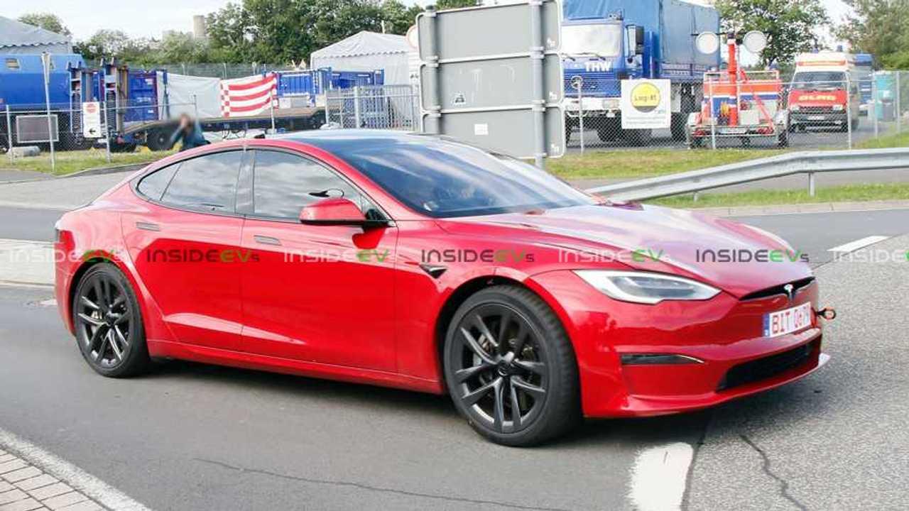 Tesla Model S Plaid Testing At The Nurburgring 3
