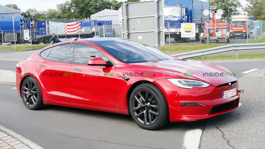 Tesla Model S Plaid установил новый рекорд Нюрбургринга
