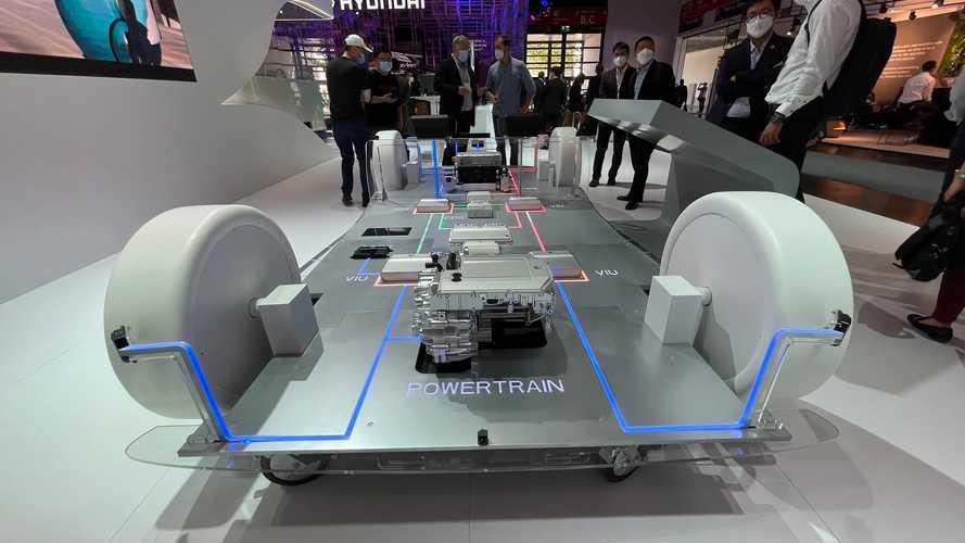 Mega head-up display e guida autonoma: Huawei al Salone di Monaco