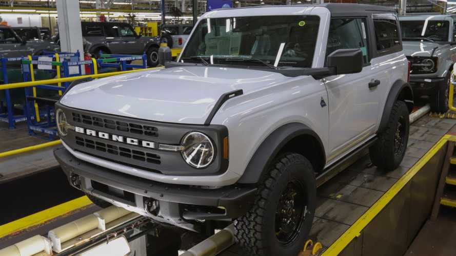 Ford Bronco Owners Get Pics Of SUV Straight From Assembly Line