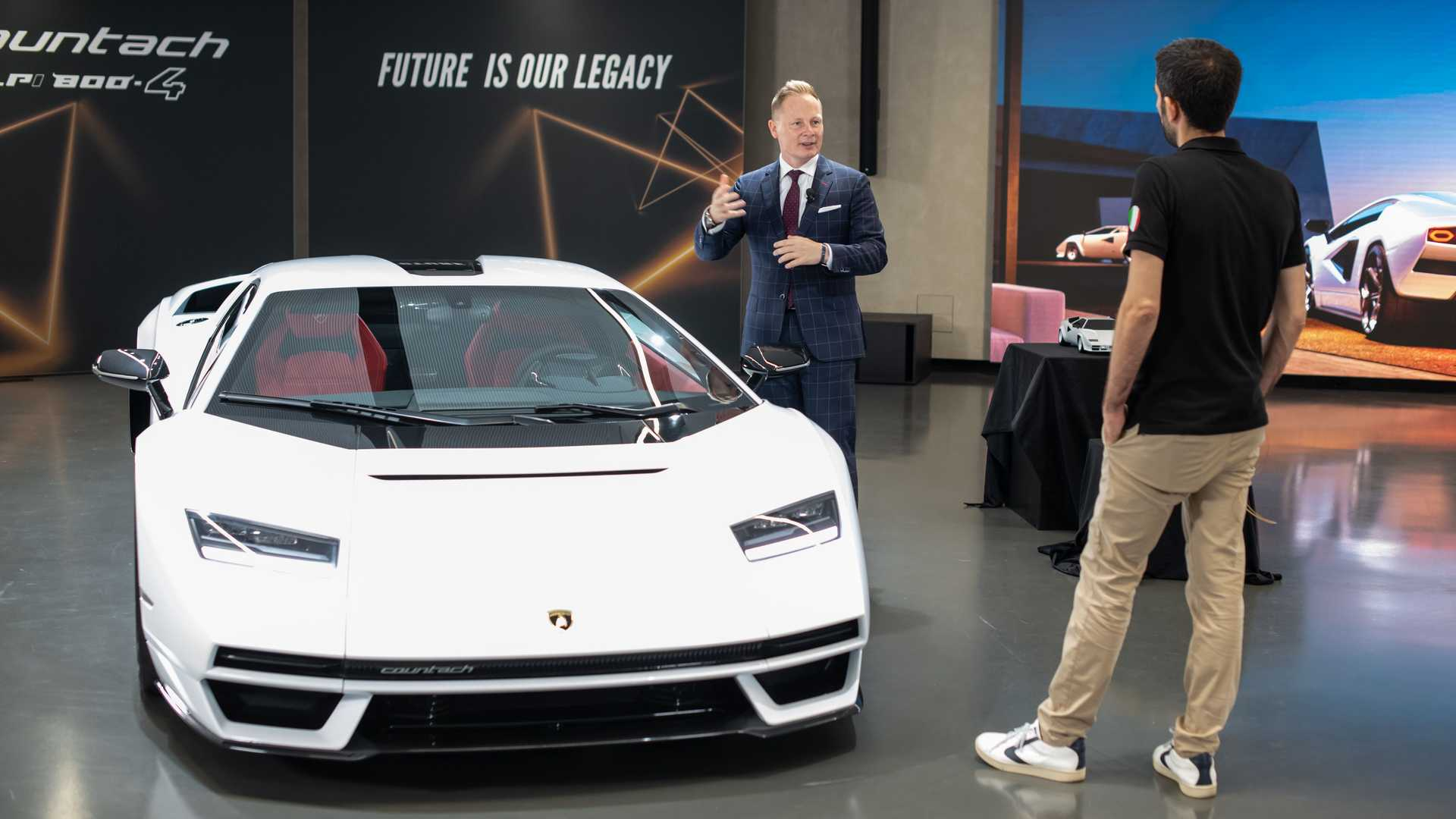Lamborghini Countach LPI 800-4, fotos ao vivo