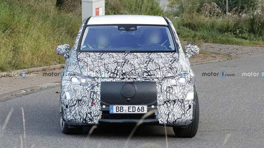 2023 Mercedes EQE SUV spy photos