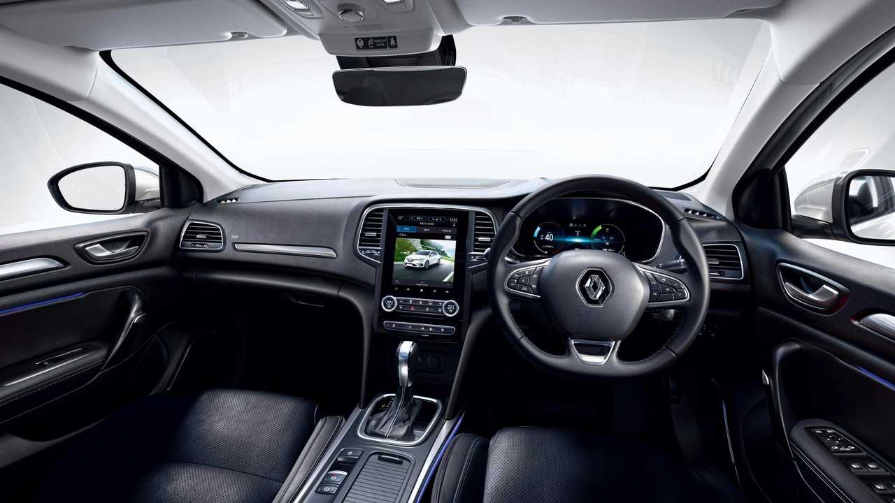Renault-Megane-e-Tech-Plug-in-Hybrid-Interior