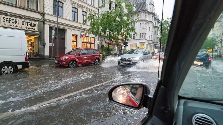Hochwasser: Schäden am Auto - darauf müssen Sie achten