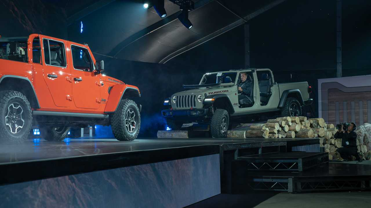 2020 Jeep Gladiator Debuts: Wrangler Truck With Off-Road