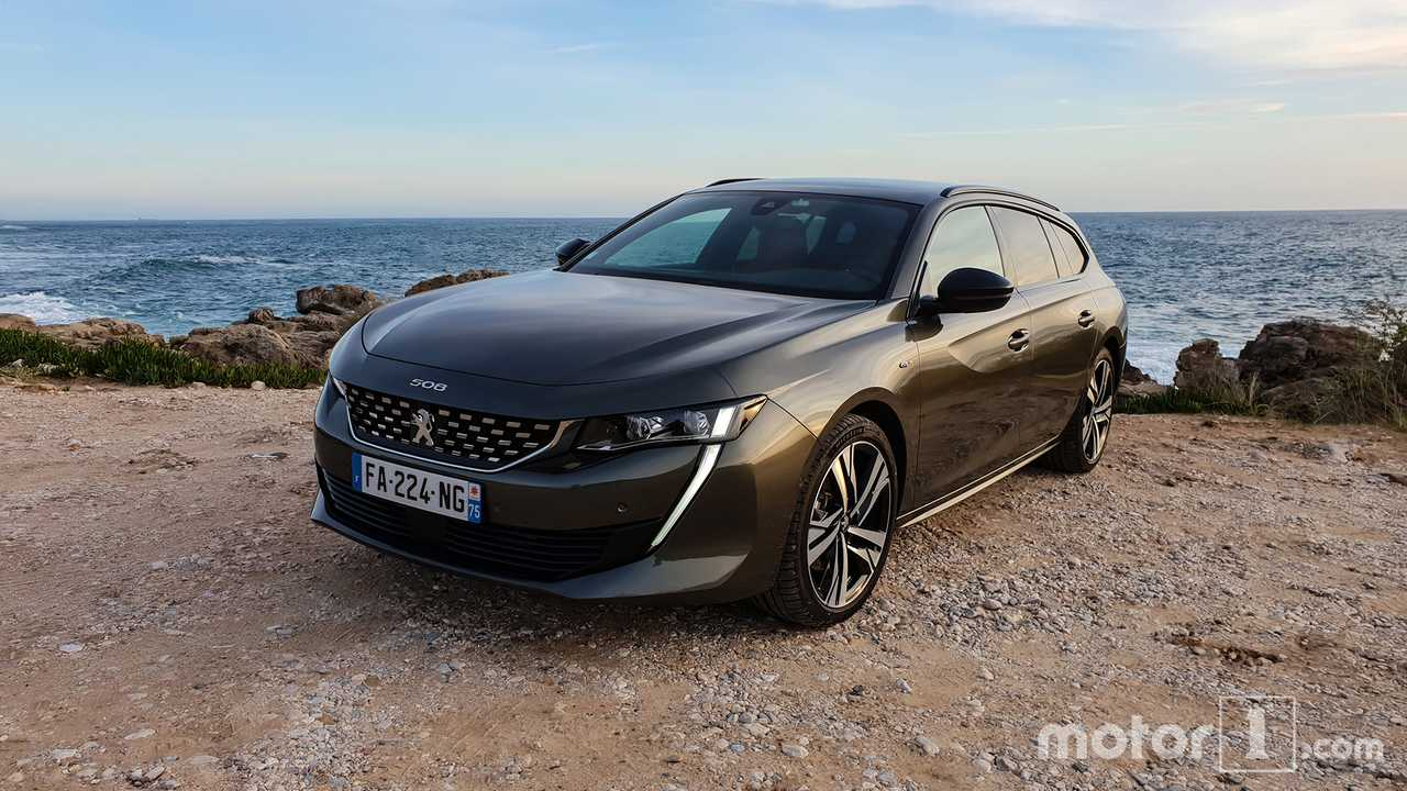 vid o la peugeot 508 sw gt 2019 l 39 essai. Black Bedroom Furniture Sets. Home Design Ideas