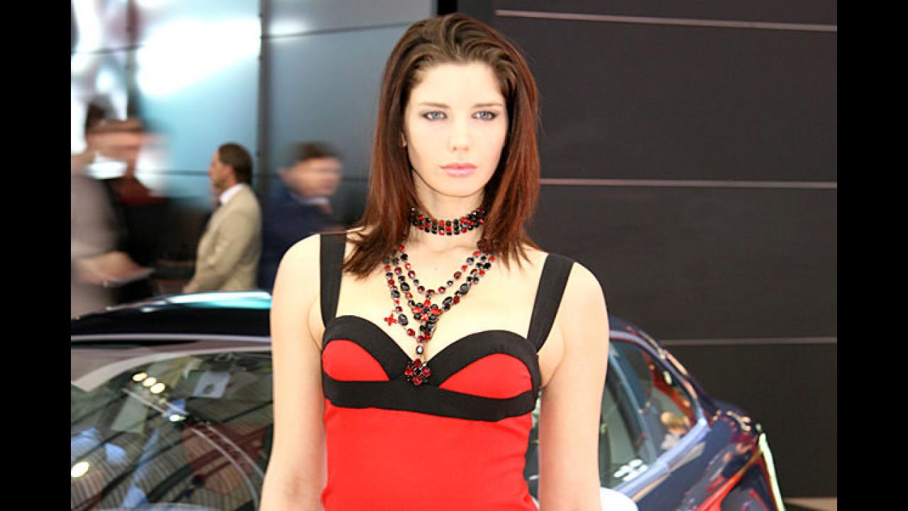 Diamonds are a girl's best friend – da kann selbst ein Alfa Romeo nicht mithalten