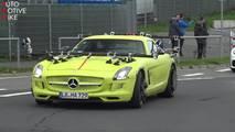 Garip Mercedes-Benz SLS E-Cell test aracı