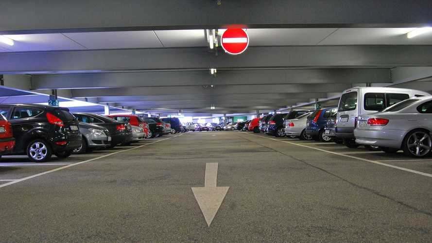 Someone Just Paid Nearly $1M For A Parking Spot In Hong Kong