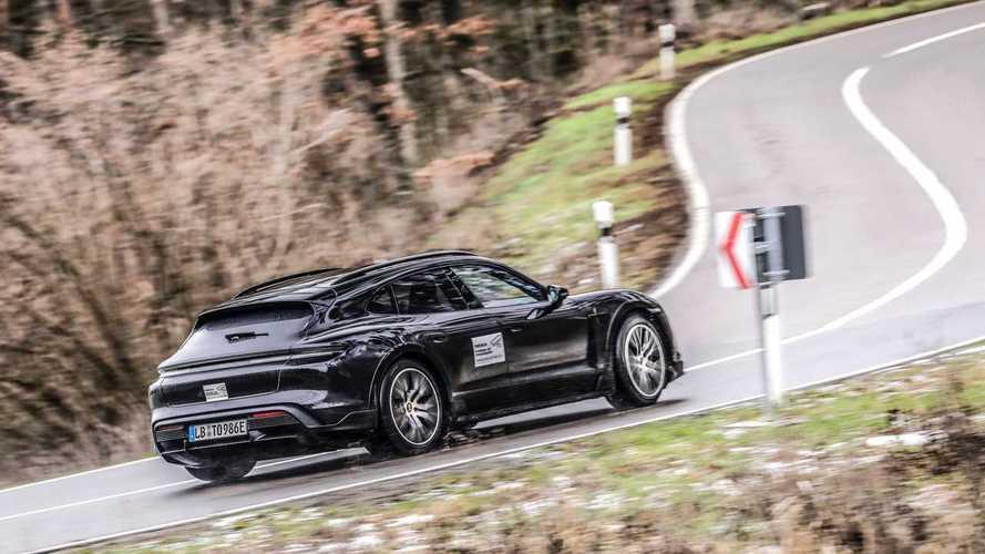 Porsche Taycan Cross Turismo, teaser oficial