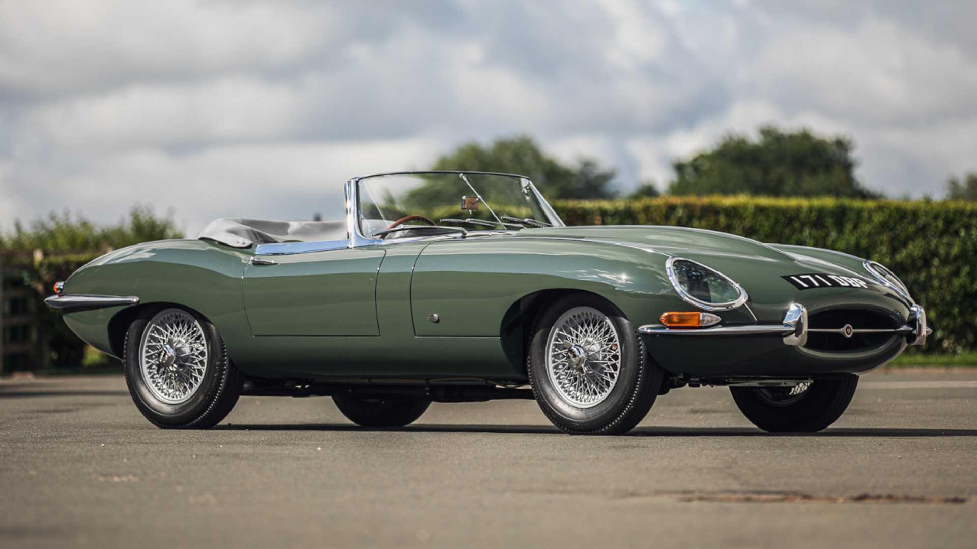 Este impecable Jaguar E-Type descapotable ahora puede ser tuyo