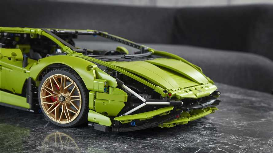 Lamborghini Sian FKP 37 Lego Technic seti ortaya çıktı