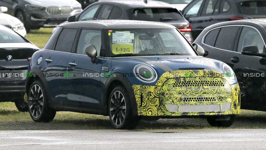 2020 MINI Cooper Five-Door Spy Shots