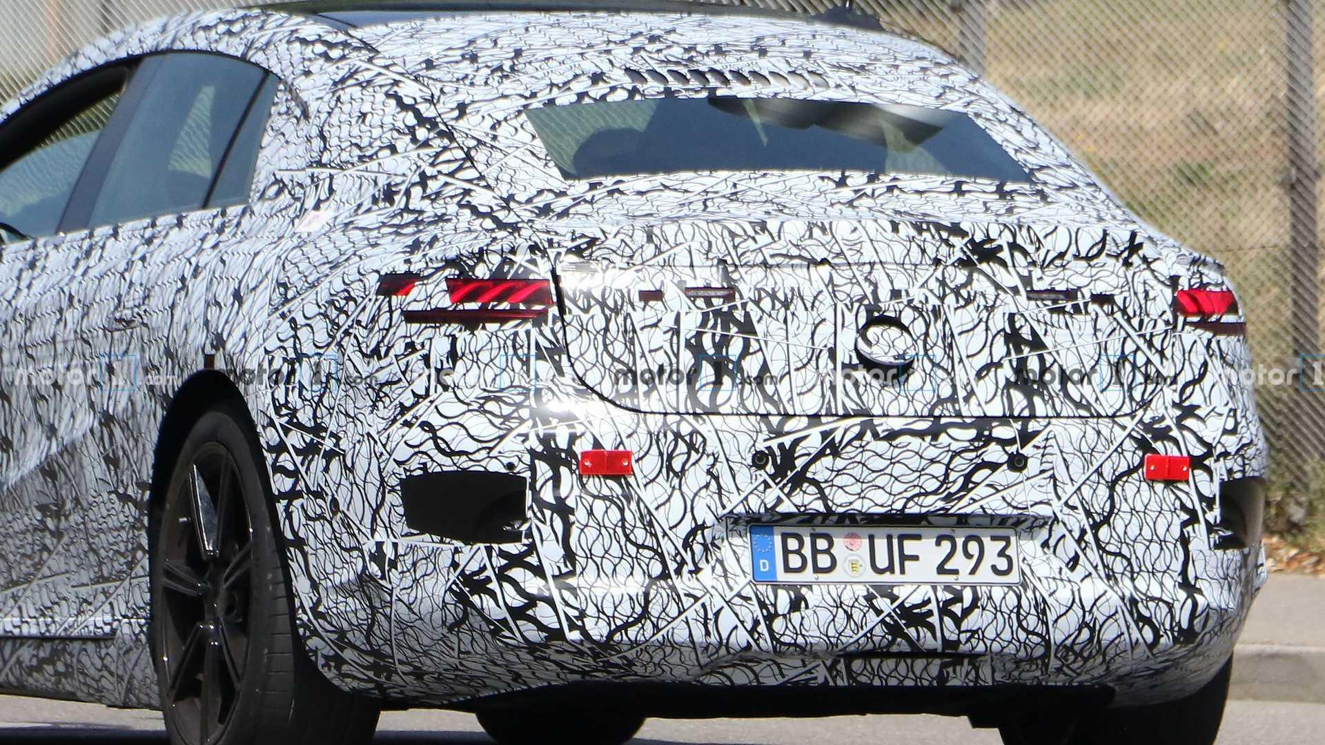 2020 - [Mercedes-Benz] EQ S - Page 4 Mercedes-benz-eqs-spy-shots-tail-close