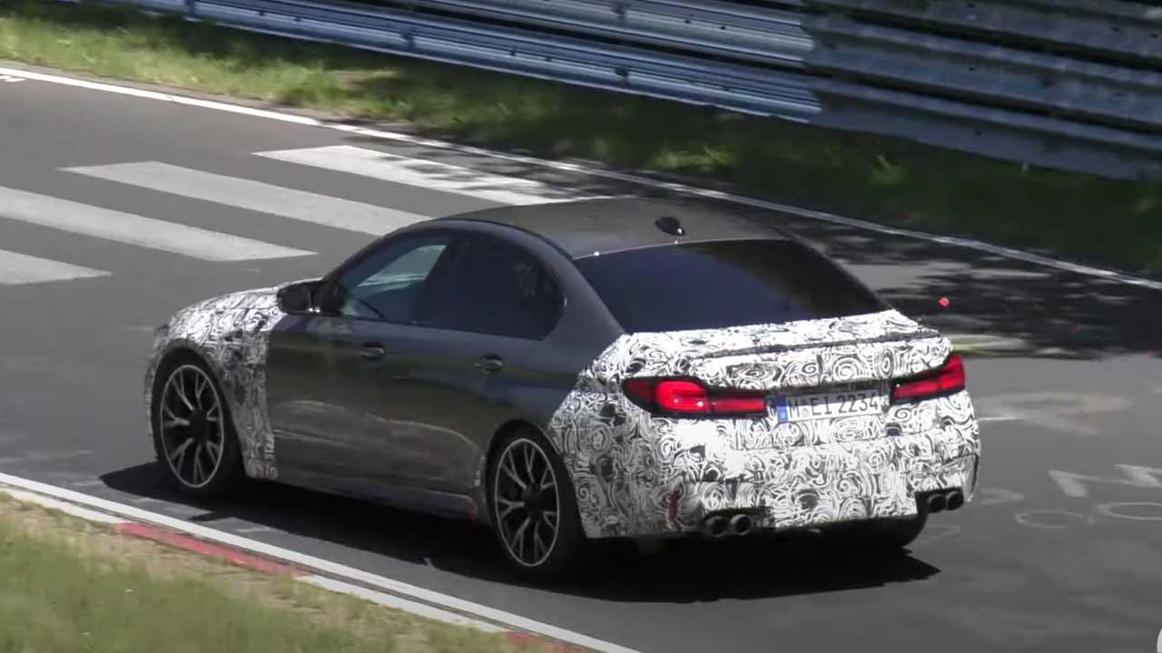 BMW M5 CS Spy Video