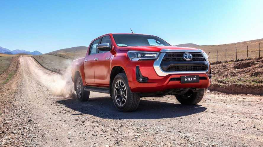 Nova Toyota Hilux 2024 terá V6 turbodiesel com mais de 300 cv