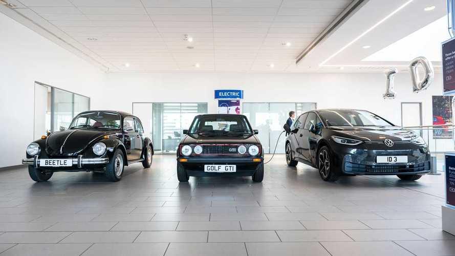 Volkswagen ID.3 estreia nas lojas do Reino Unido ao lado de clássicos
