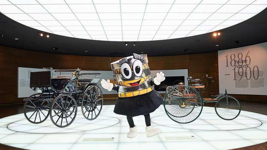 El nuevo logo del Mercedes-Benz Museum nos tiene asombrados