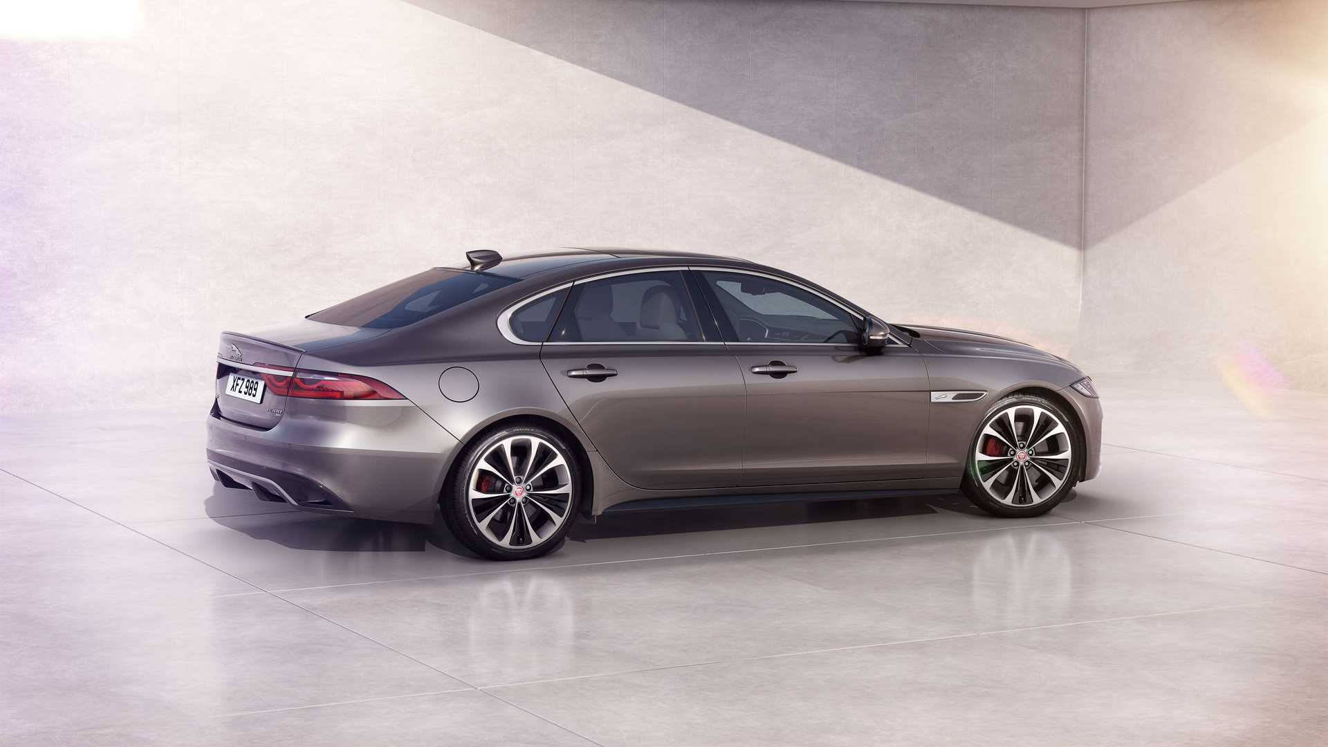 2021 Jaguar XF Mid-Cycle Refresh Revealed With Major ...