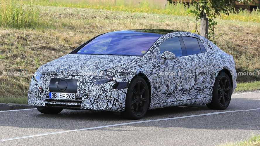 2022 Mercedes EQS Spied Looking Like No Other Mercedes