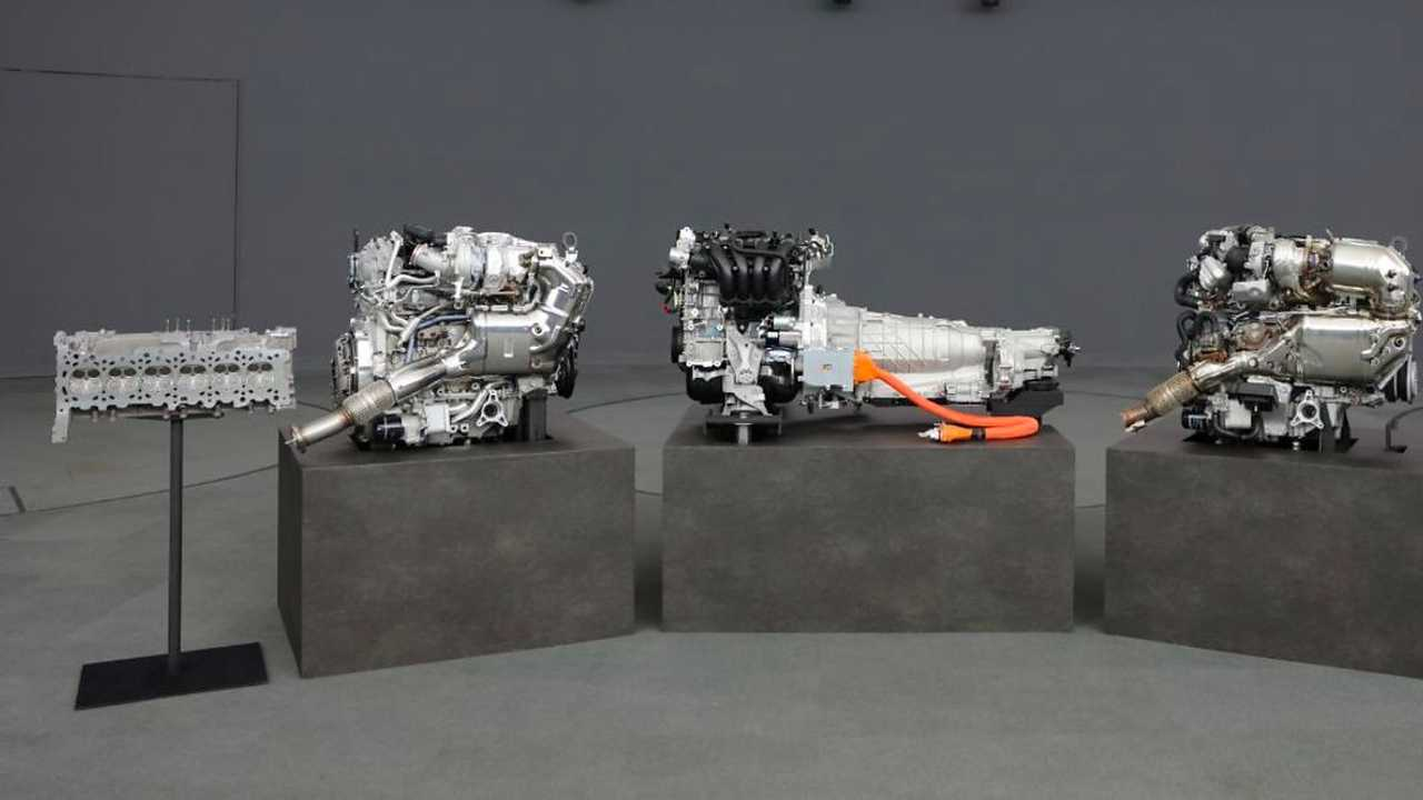 Mazda six cylindres