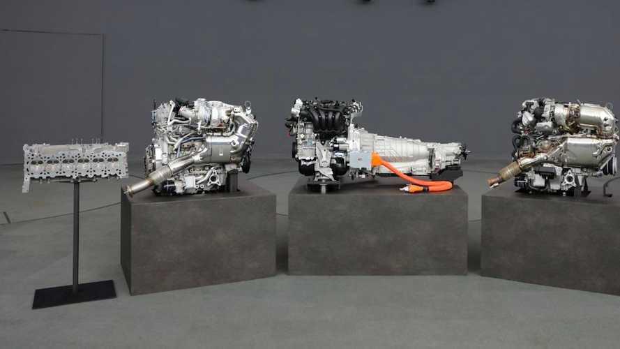 Mazda dévoile les premières images de son nouveau six cylindres