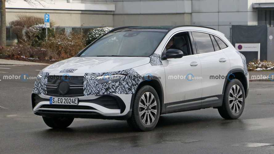 2022 Mercedes EQA Spied For The Last Time