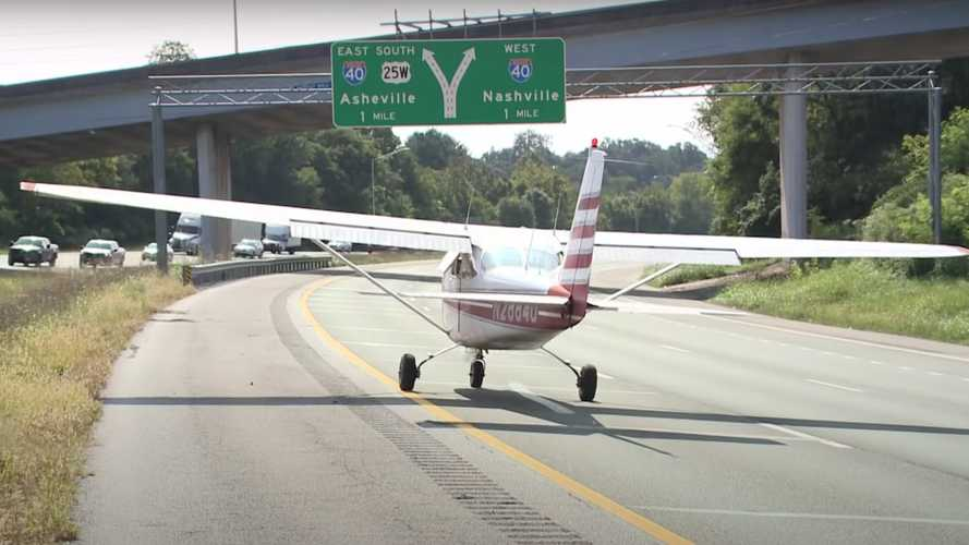 Airplane Takes Off From Tennessee Highway After Making Emergency Landing