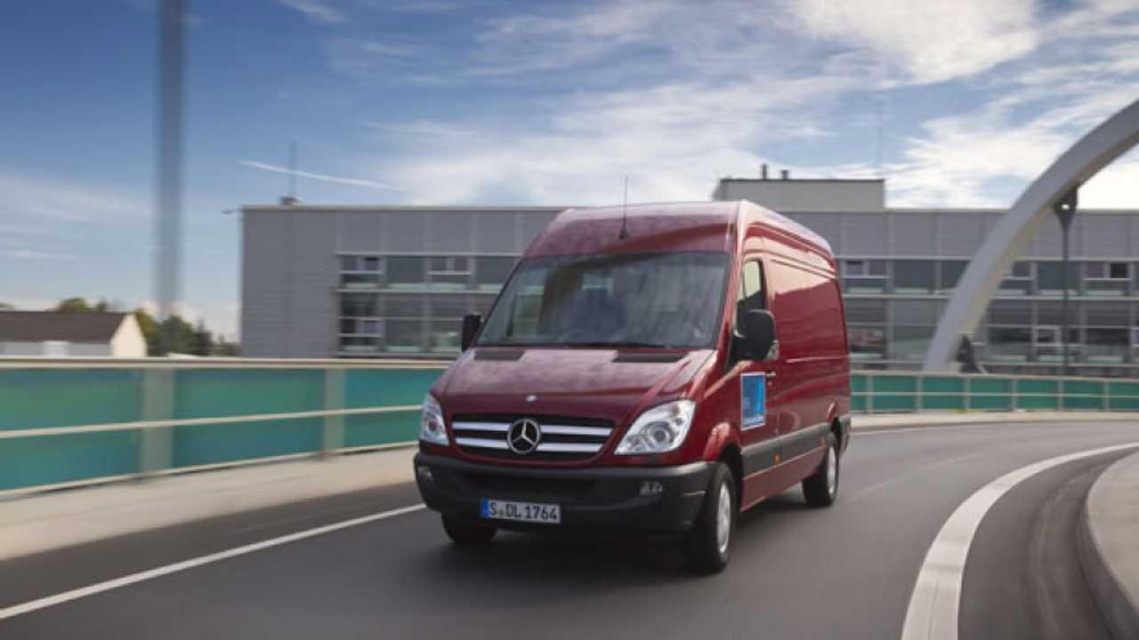 Mercedes Sprinter 7G-Tronic, prime impressioni
