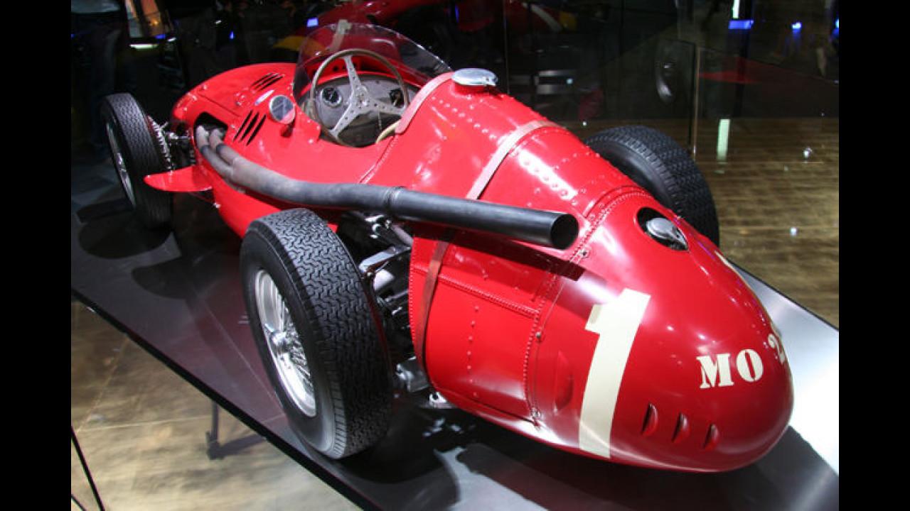 Das ist ja mal ein Auspuff: Dieser alte Maserati-Rennwagen hat nichts zu verbergen