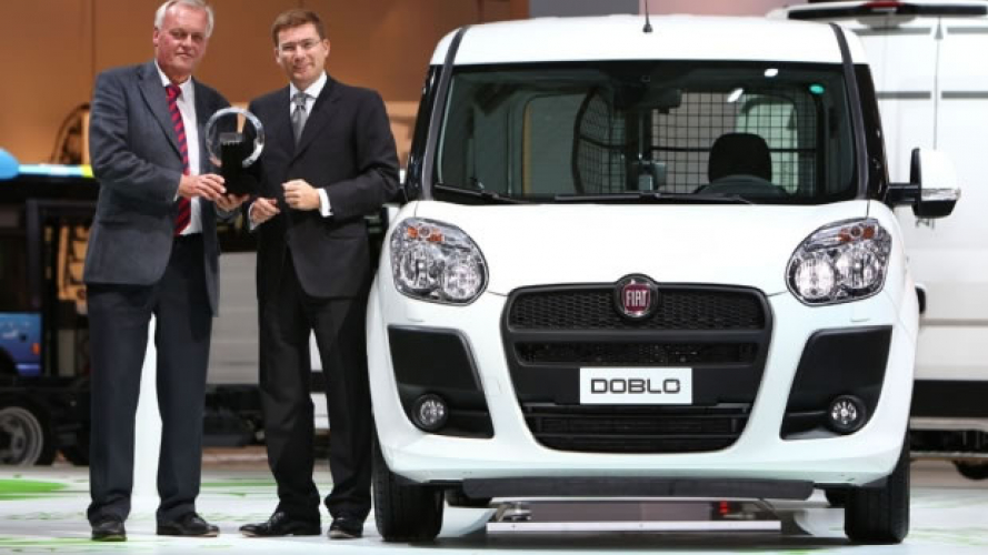 "Fiat Nuovo Doblò Cargo nominato ""International Van of the Year 2011"""