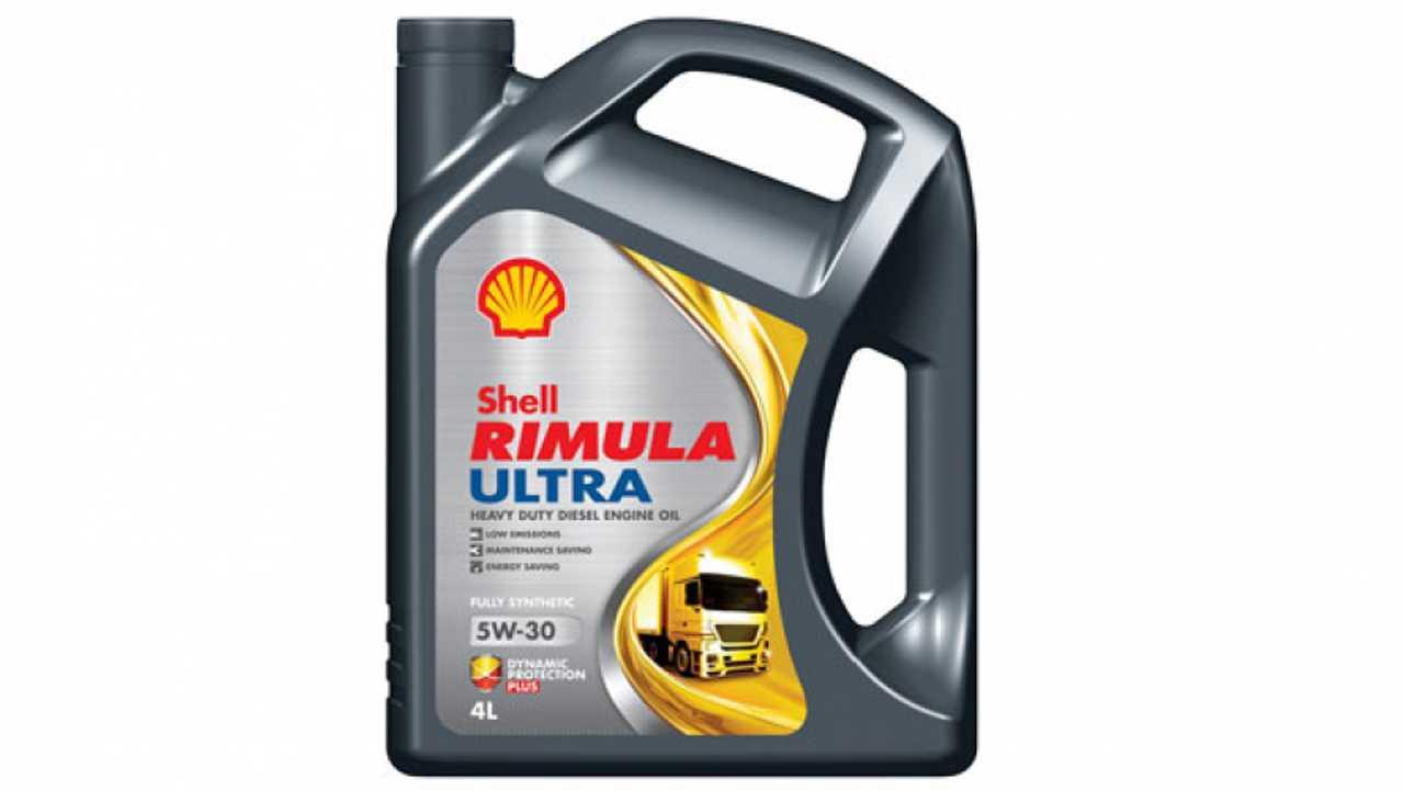 Shell, olio camaleontico per l'autotrasporto