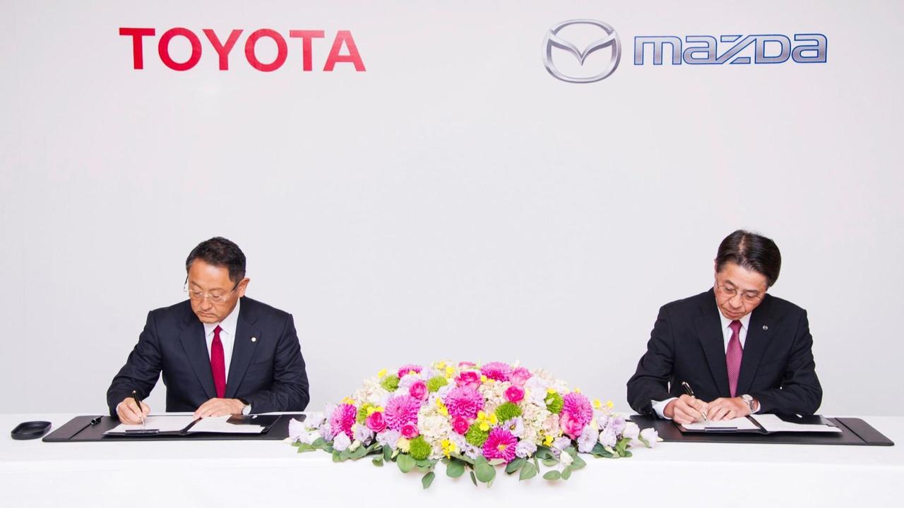 Toyota y Mazda, acuerdo de colaboración