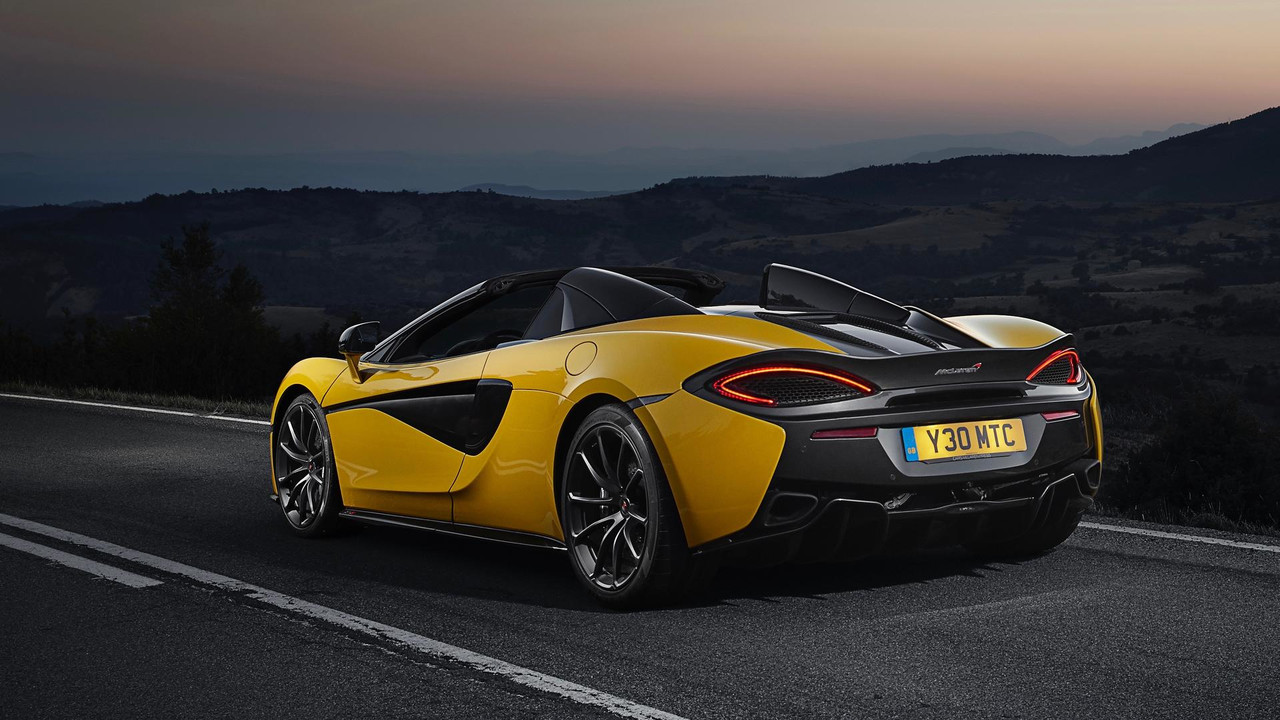 McLaren 570S Spider yellow