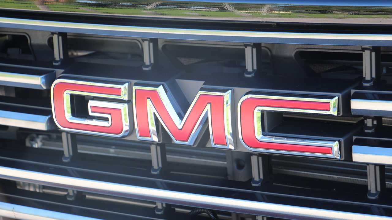 2020 GMC Sierra 2500HD AT4: Review
