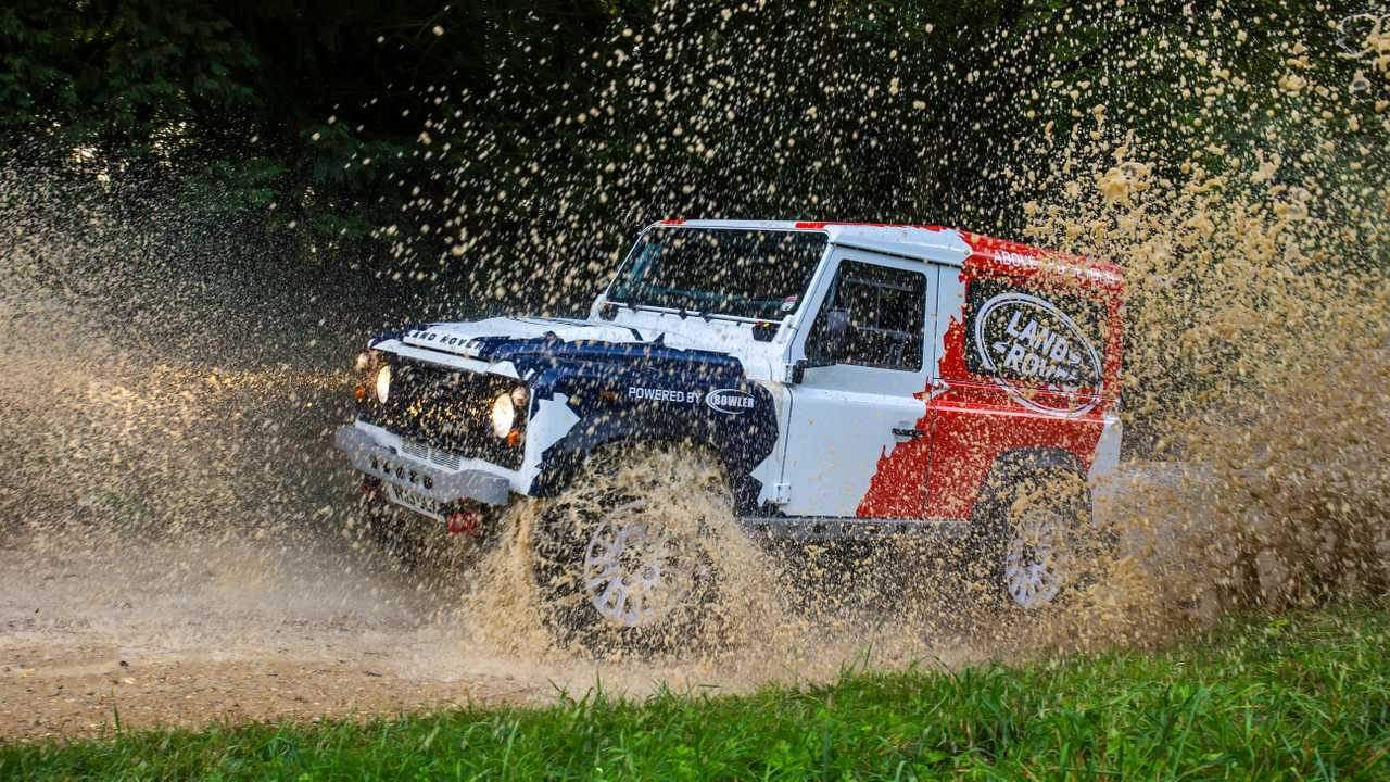 Land Rover buys Bowler