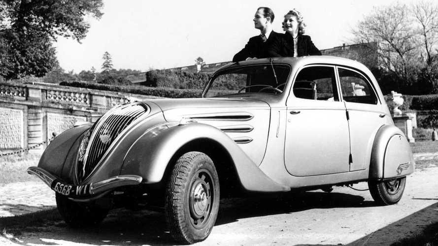 Peugeot 402 (1935-1942): Klassiker mit Scheinwerfern hinter dem Grill