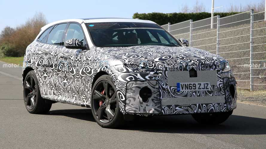 2021 Jaguar F-Pace SVR spied exercising its sporty SUV bones