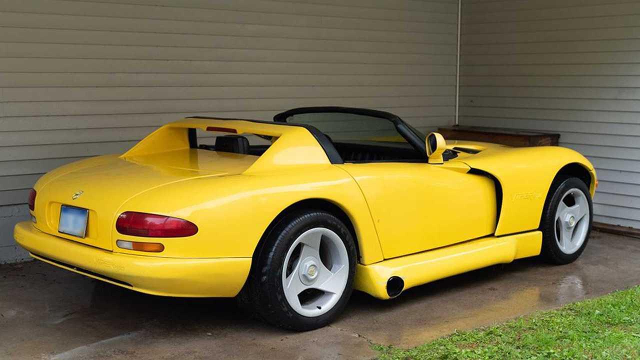 Chevrolet Corvette C4 с кузовом Dodge Viper