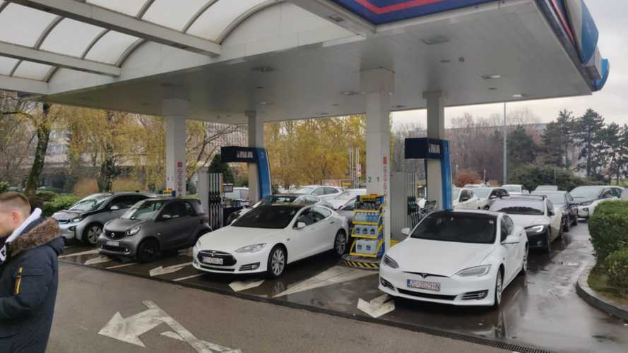 In Croazia una protesta a sostegno dell'auto elettrica