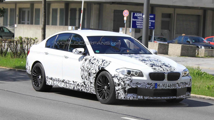 2012 BMW M5 spied in white