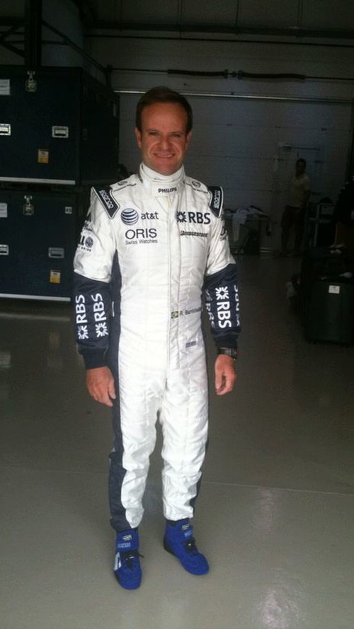 Button, Barrichello, show off new team uniforms