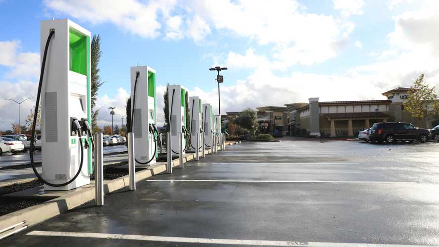 Electrify America Begins Pay-By-kWh Pricing In Select States; Lowers Cost