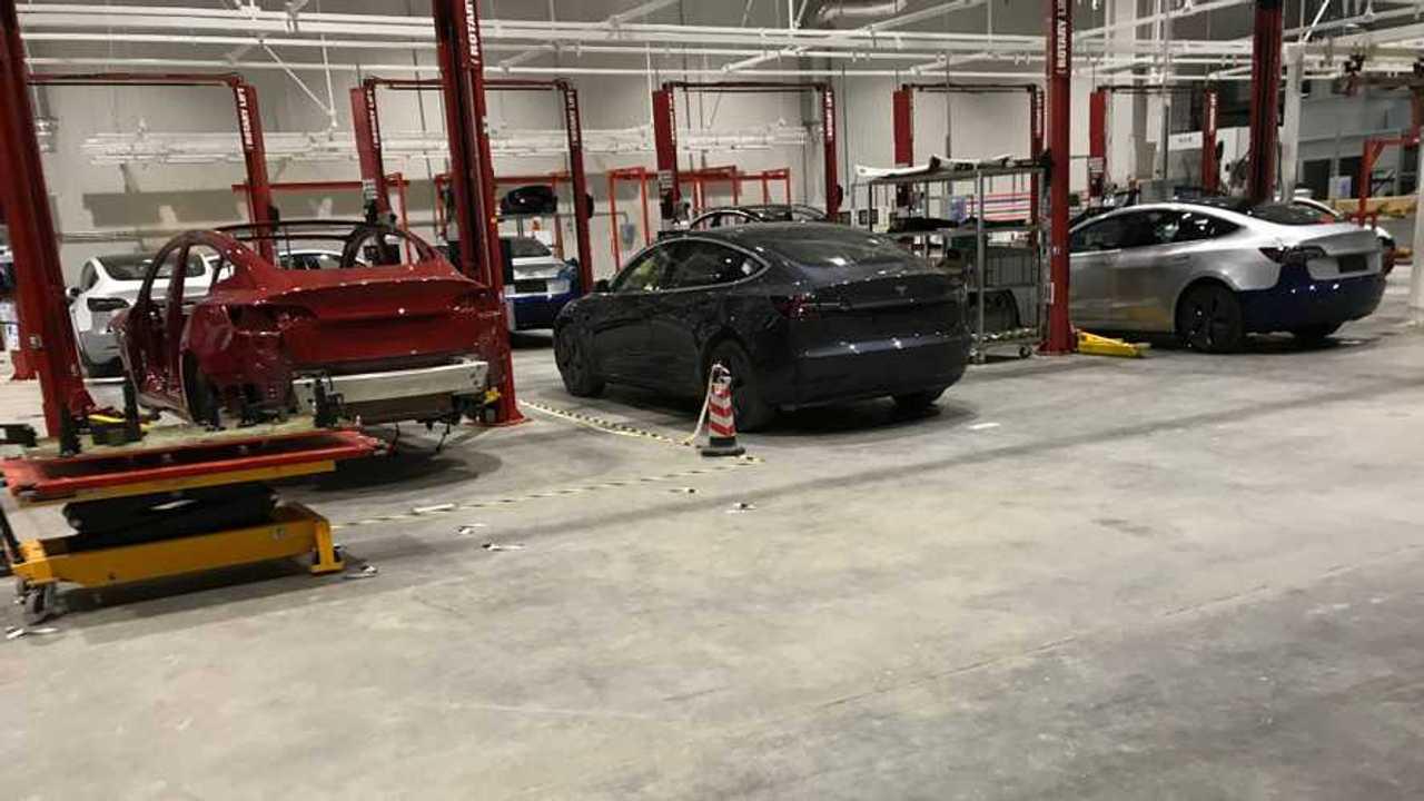 Tesla Model 3 trial units at GF3 (Source: Vincent)
