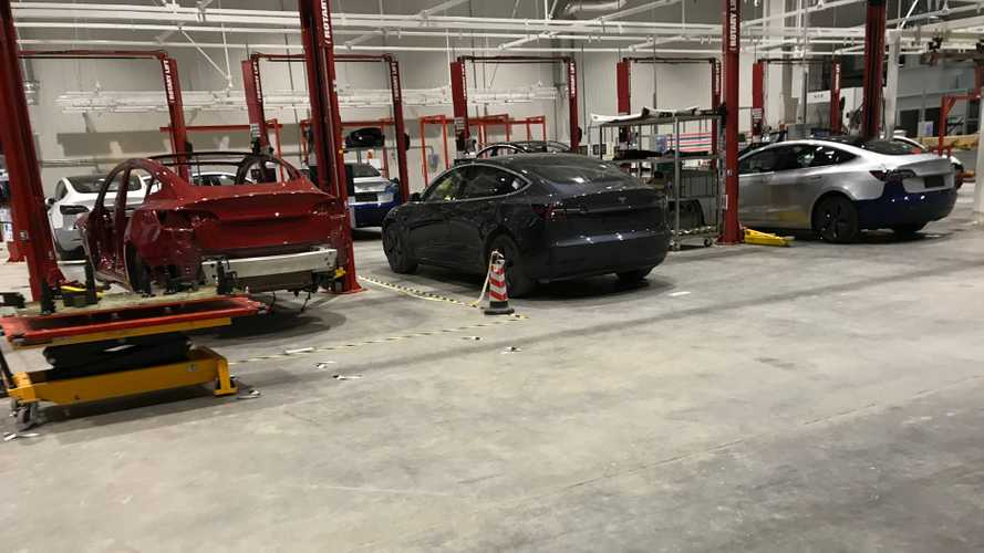 New Leaked Image From Tesla Gigafactory 3 Shows Several Model 3