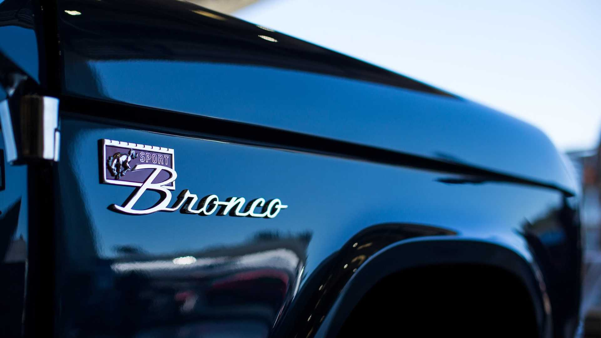 "[""Ryan Blaney's Charity Bronco Unveiled At Monterey""]"